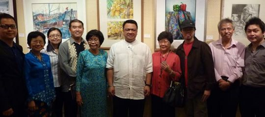 With Raja Muda Perlis, Datin Mary Sim and other artists at City Art Gallery